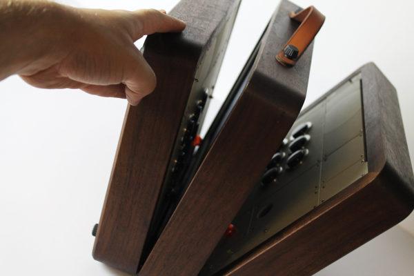 battlecade-un-borne-darcade-retro-portable-pour-deux-joueurs-03