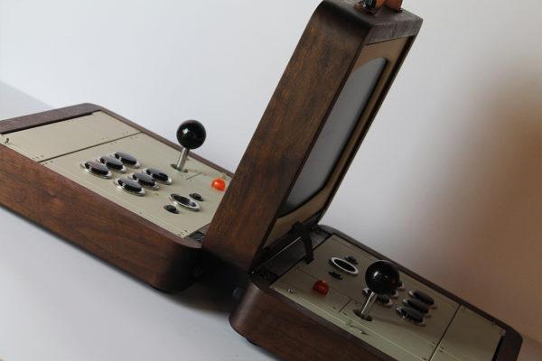 battlecade-un-borne-darcade-retro-portable-pour-deux-joueurs-04