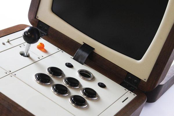 battlecade-un-borne-darcade-retro-portable-pour-deux-joueurs-05