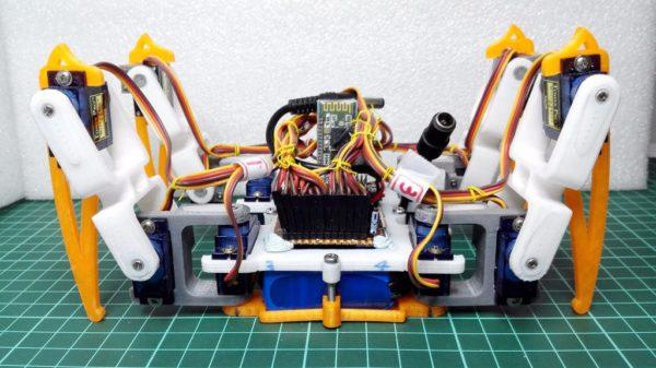 diy-un-robot-araignee-quadrupede-imprime-en-3d-et-a-base-darduino