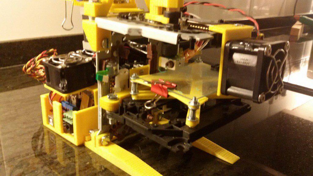 eGarbigune, la mini imprimante 3D fabriquée avec des pièces recyclées