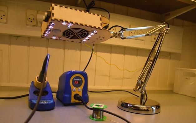 diy transformer une lampe ikea en aspirateur de fum e intelligent pour la soudure semageek. Black Bedroom Furniture Sets. Home Design Ideas