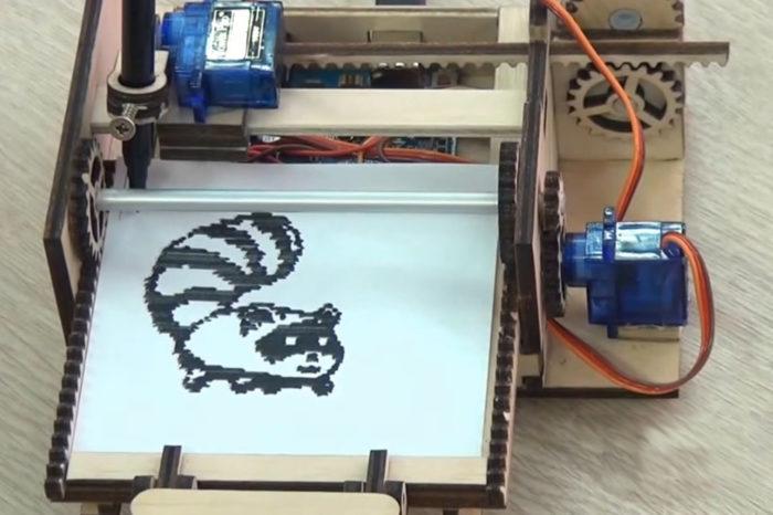 DIY : Une mini imprimante à base d'Arduino et à 95% de bois !