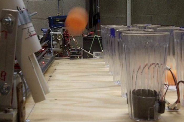 Jouer au jeu de Pong contre un robot à base d'arduino