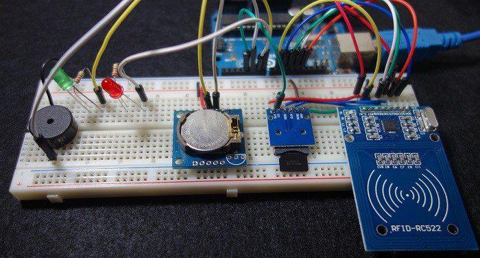DIY : Fabriquer une pointeuse RFID à base d'arduino.