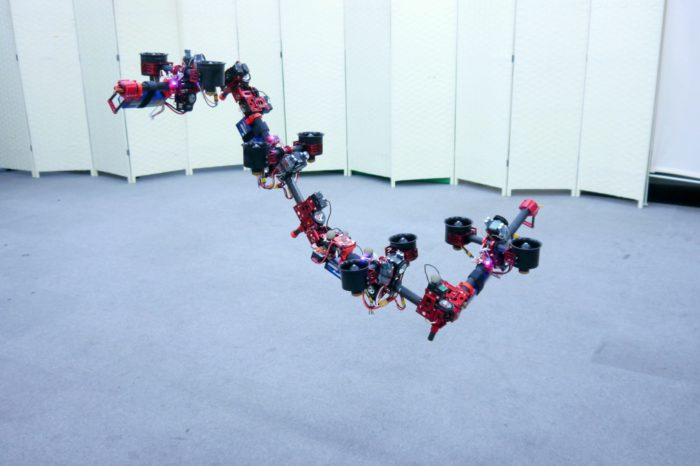 DRAGON : Un robot modulaire volant et se transformant !