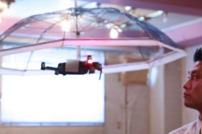 Free parasol : Une société développe un drone parapluie qui suit votre tête.